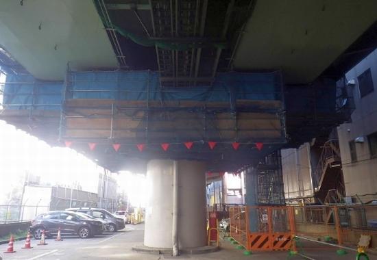 8ブロック耐震補強工事 吊り足場設置