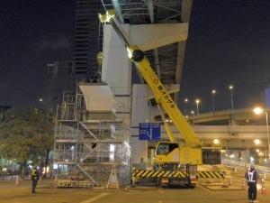 5ブロック 鋼製橋脚架設