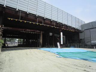 H26.5月末 松屋大和川通
