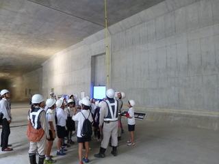 開削トンネルの見学