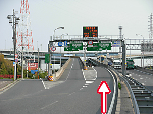 写真:「右レーン」から神戸方面へ